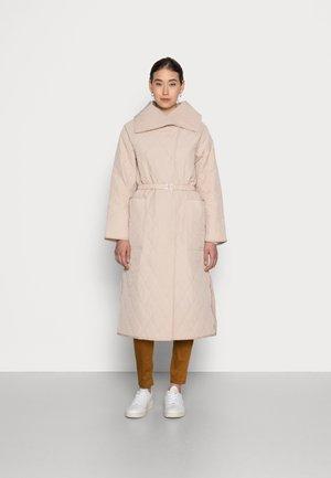 CALLAS QUILTED COAT - Cappotto classico - powder beige