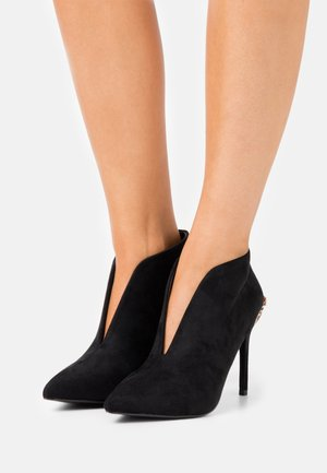 JUICY - High heeled ankle boots - black