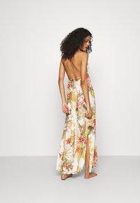 Banana Moon - MAXI DRESS LAHAINA - Beach accessory - white - 2