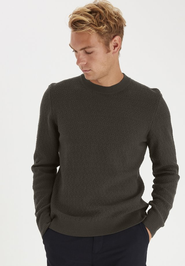 CASUAL FRIDAY  - Sweter - peat