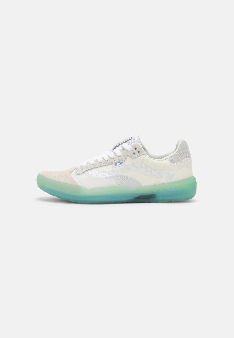 Vans - UA EVDNT ULTIMATEWAFFLE UNISEX - Sneakers laag - marshmallow/mint