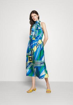 MEREDINA CASUAL DRESS - Denní šaty - blue/multi