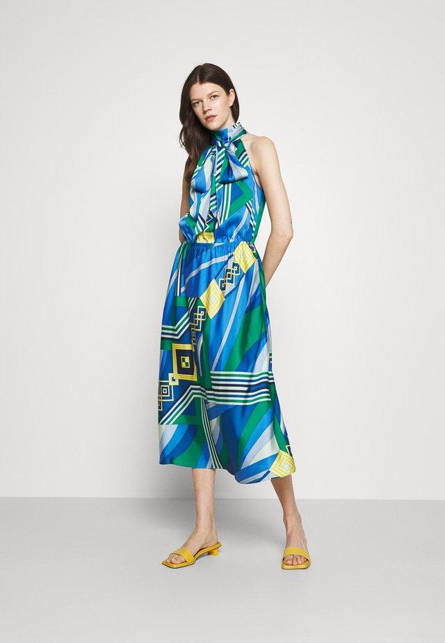 MEREDINA CASUAL DRESS - Sukienka letnia - blue/multi