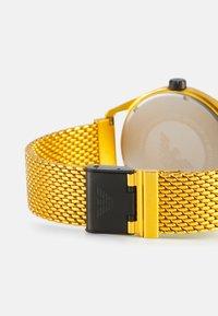 Emporio Armani - MATTEO - Reloj - yellow - 1