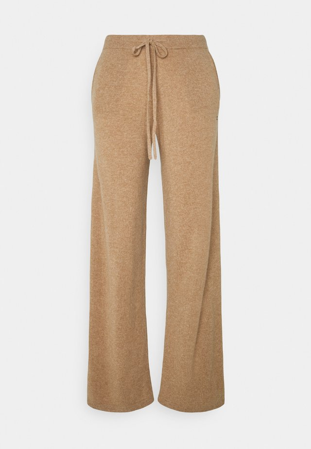 ESSENTIALS WIDE LEG PANT - Trousers - camel