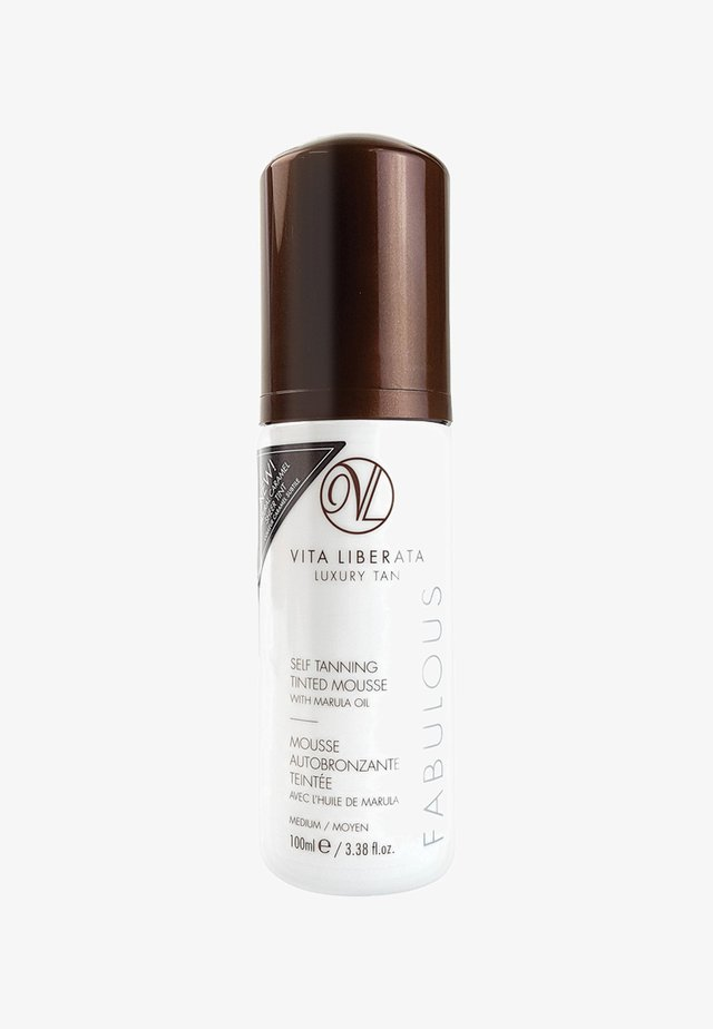 FABULOUS TINTED MOUSSE - Self tan - medium