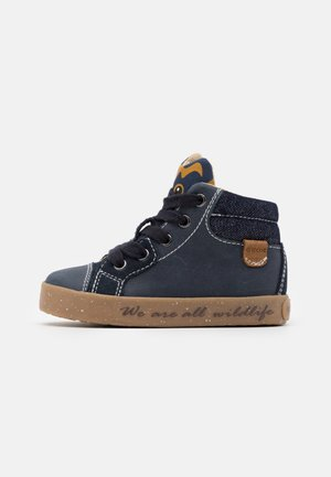 KILWI BOY - High-top trainers - navy