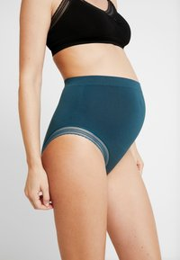 Cache Coeur - MILK MATERNITY SEAMLESS HIGH WAIST BRIEF - Braguitas - green - 0