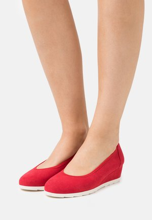 Wedges - red