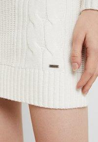 Hollister Co. - BACK DRESS - Abito in maglia - white - 6