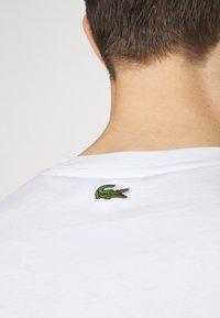Lacoste - Basic T-shirt - white - 4