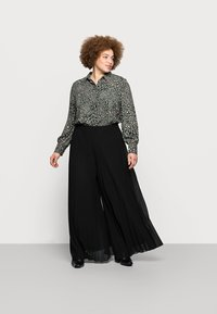 New Look Curves - WIDE LEG - Trousers - black - 1