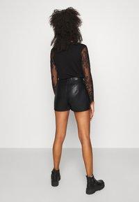 Molly Bracken - Shorts - black - 2