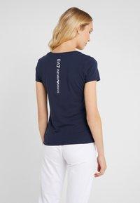 EA7 Emporio Armani - Print T-shirt - navy blue - 2
