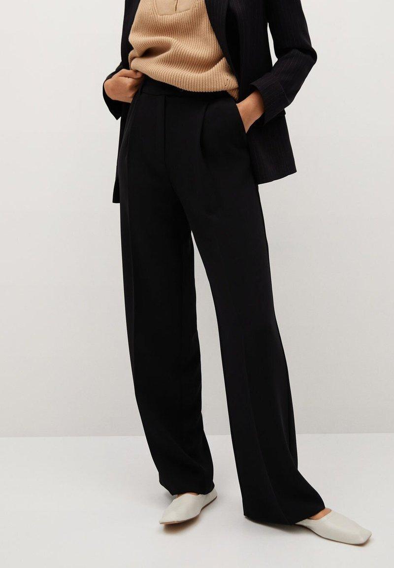 Mango - BETTY - Spodnie materiałowe - black