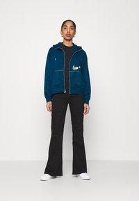 Nike Sportswear - Zip-up hoodie - valerian blue/deep ocean - 1