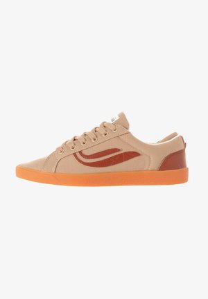 G-HELÀ R-PET - Sneakers laag - brown