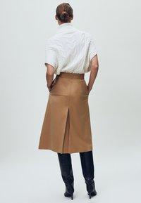 Massimo Dutti - Pleated skirt - nude - 1