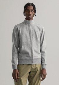 GANT - Zip-up hoodie - grey melange - 0
