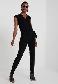 comma - OVERALL - Jumpsuit - black - 2