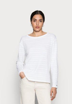 Svetr - white