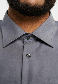 Seidensticker - REGULAR FIT - Koszula biznesowa - grey - 6