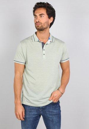 Polo shirt - meadow green