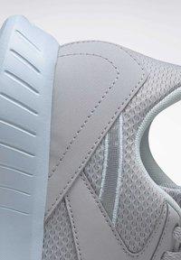 Reebok - REEBOK LITE 2.0 SHOES - Neutral running shoes - gray - 6