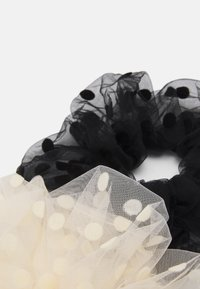 Pieces - PCDOTTA OVERSIZED SCRUNCHIE 2 PACK - Hair styling accessory - black/white - 1