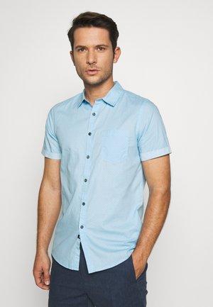 TRISTIN - Shirt - alaska blue