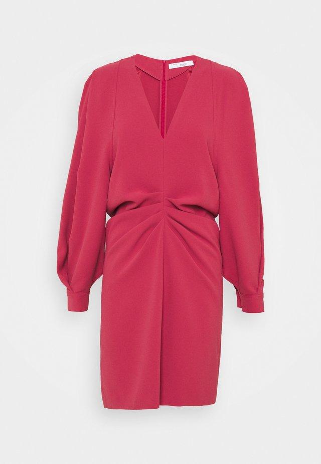 JADEN DRESS - Korte jurk - framboise