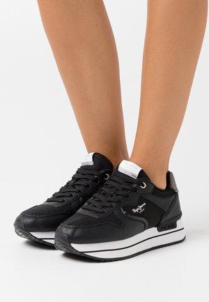 RUSPER CITY - Zapatillas - black