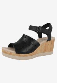Clarks - CAMMY GLORY - Sandály na klínu - black - 2