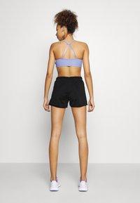 ONLY Play - ONPATIFA TRAIN SHORTS - Sports shorts - black - 2