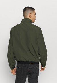 Calvin Klein - CASUAL BLOUSON JACKET - Summer jacket - green - 2