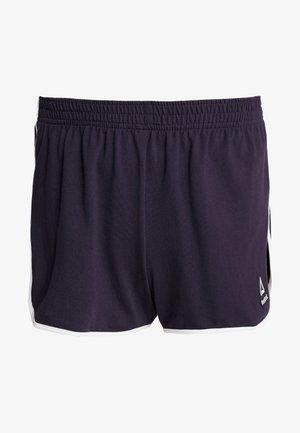 FASHION LES MILLS STUDIO SPORT SHORTS - Sports shorts - purple