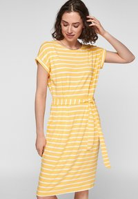 sunset yellow stripes