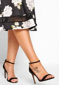 Yours Clothing - LONDON - A-line skirt - black - 2