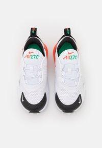 Nike Sportswear - AIR MAX 270 BT  - Sneakers basse - white/turf orange/stadium green/black - 3