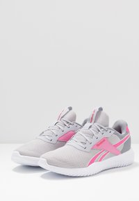 Reebok - FLEXAGON ENERGY TR 2.0 - Obuwie treningowe - cold shade/cold grey/posh pink - 2
