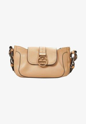 HALLIE  - Håndtasker - camel