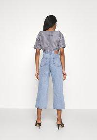 Object - OBJMARINA - Relaxed fit jeans - light blue denim - 2