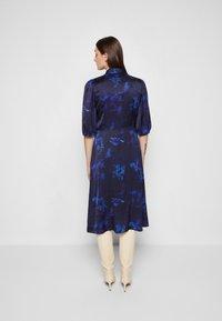 PS Paul Smith - DRESS 2-IN-1 - Shirt dress - dark blue - 3