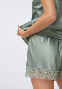 OYSHO - Pyjama top - khaki - 3