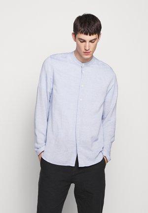 HALF PLACKET GRANDAD - Camisa - blue slub