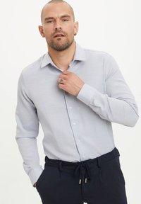 DeFacto - Formal shirt - blue - 0
