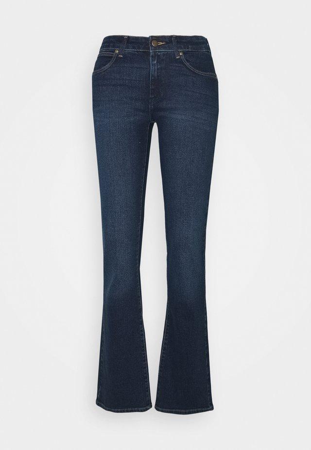BODY BESPOKE - Bootcut jeans - dusty trail