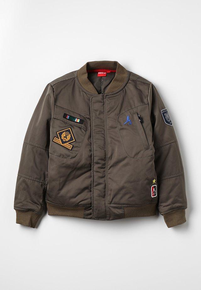 JERRAM - Treningsjakke - khaki