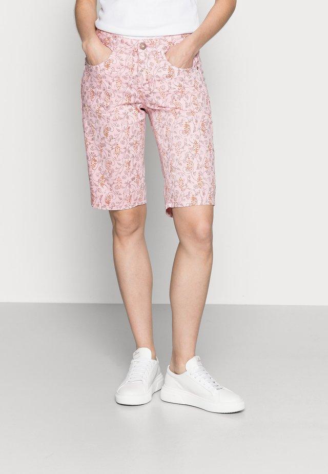 Szorty - cameo pink fleur