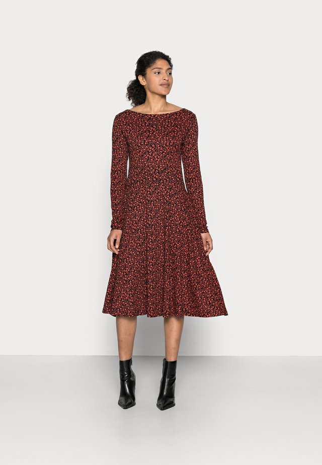 ORGANIC SIGRID DRESS - Jerseykjole - black/red fleurie